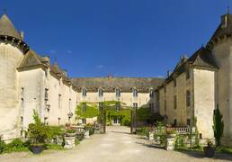 Schloss von Savigny-les-Beaune. Photo Michel Baudoin Beaune Tourisme