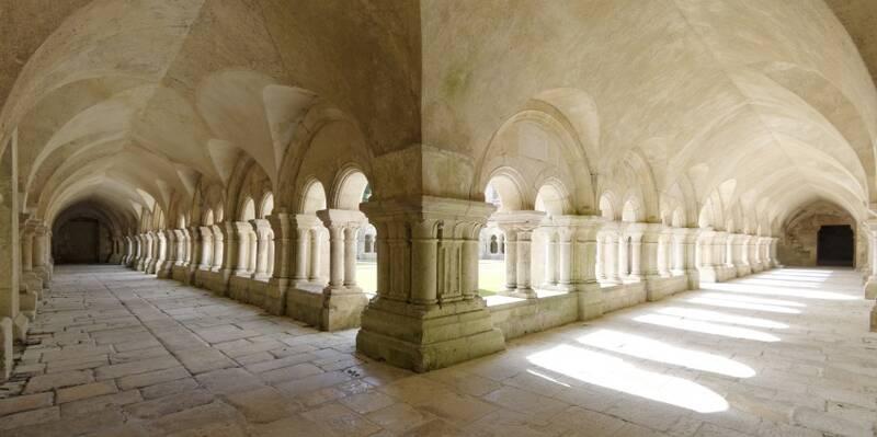 Abbaye de Fontenay_Cloître ©Fréderic Dupin