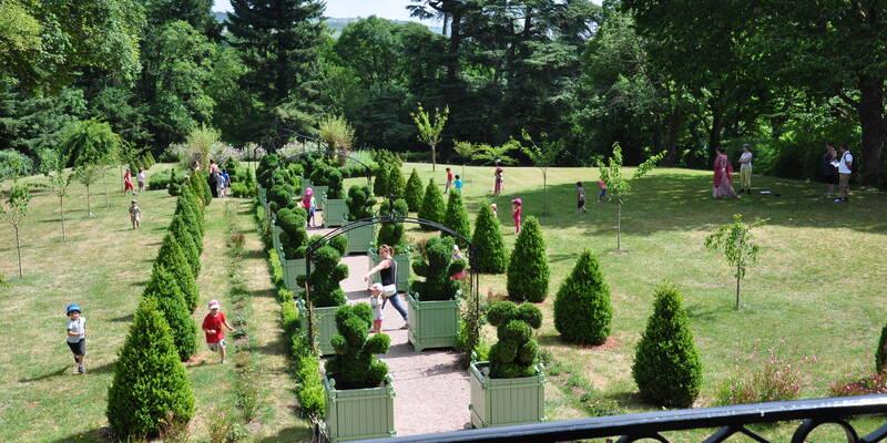 Les jardins du château de Couches