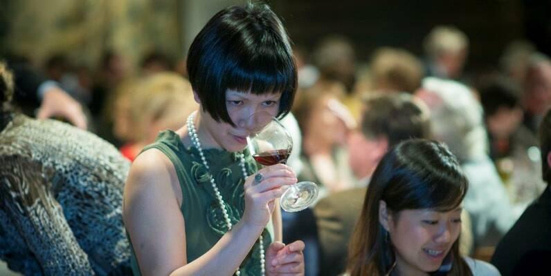 Weinversteigerung der Beauner Hospizien © Michel Joly