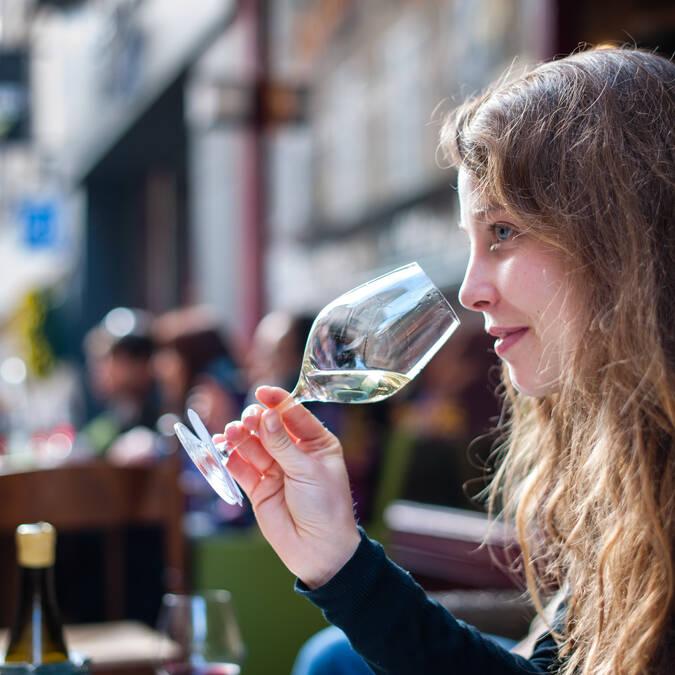 Weinverkostung © Michel Joly